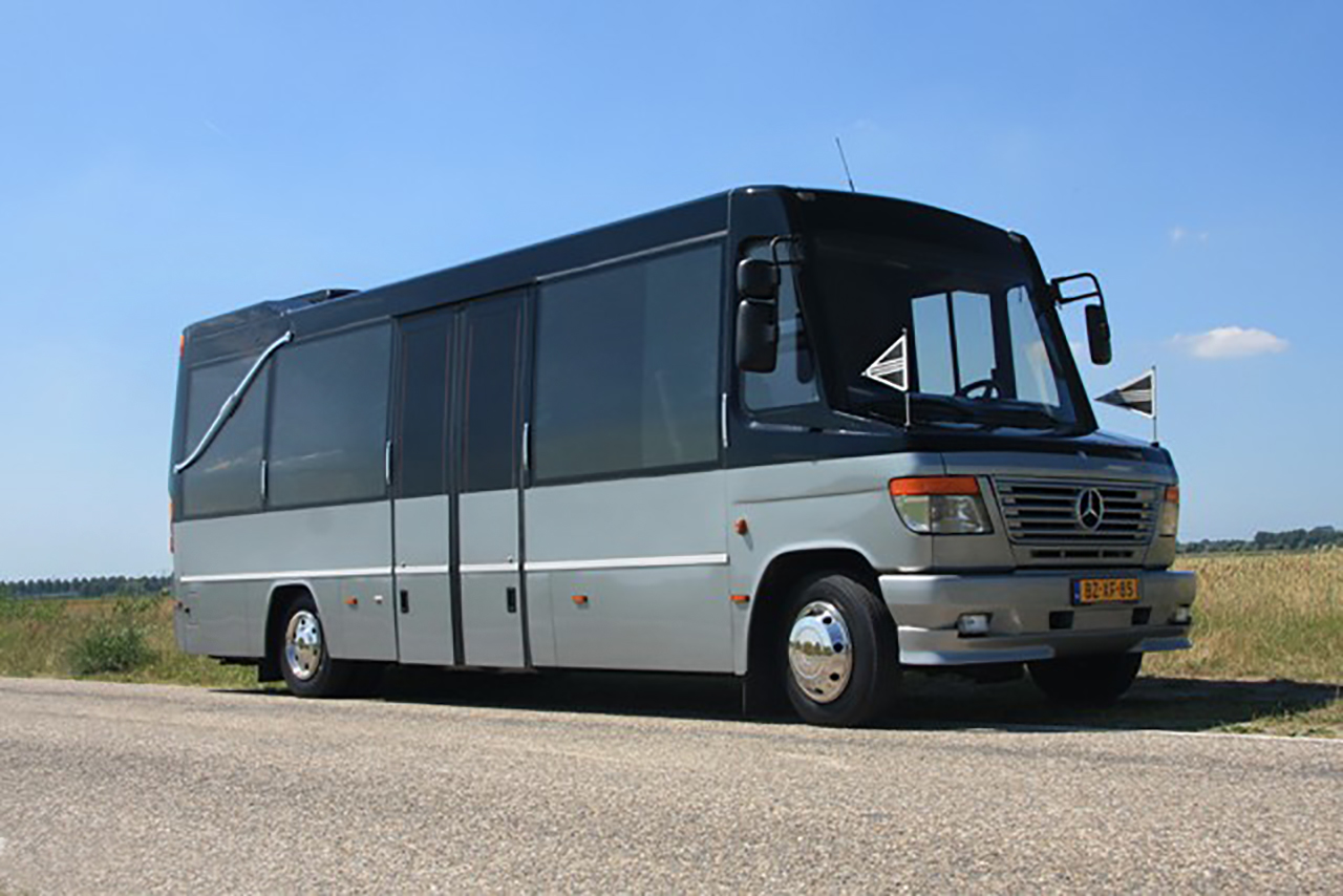 De Uitvaartbus
